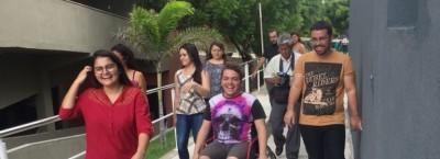 Aula de Psicologia leva alunos à experiência sensorial e cidadã